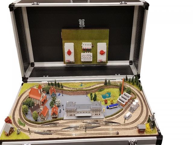 Valise de transport trains miniatures